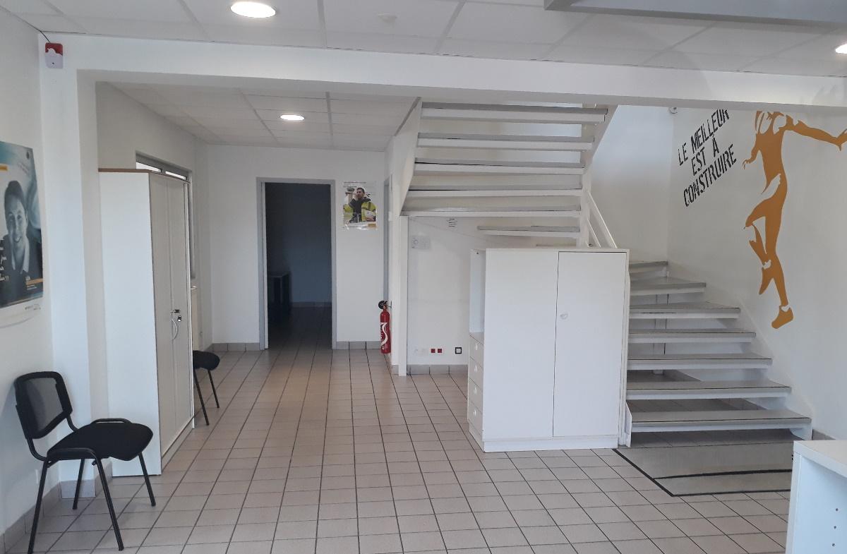 Locaux d'activités à louer - 749 m² - Ifs - Normandie Aménagement