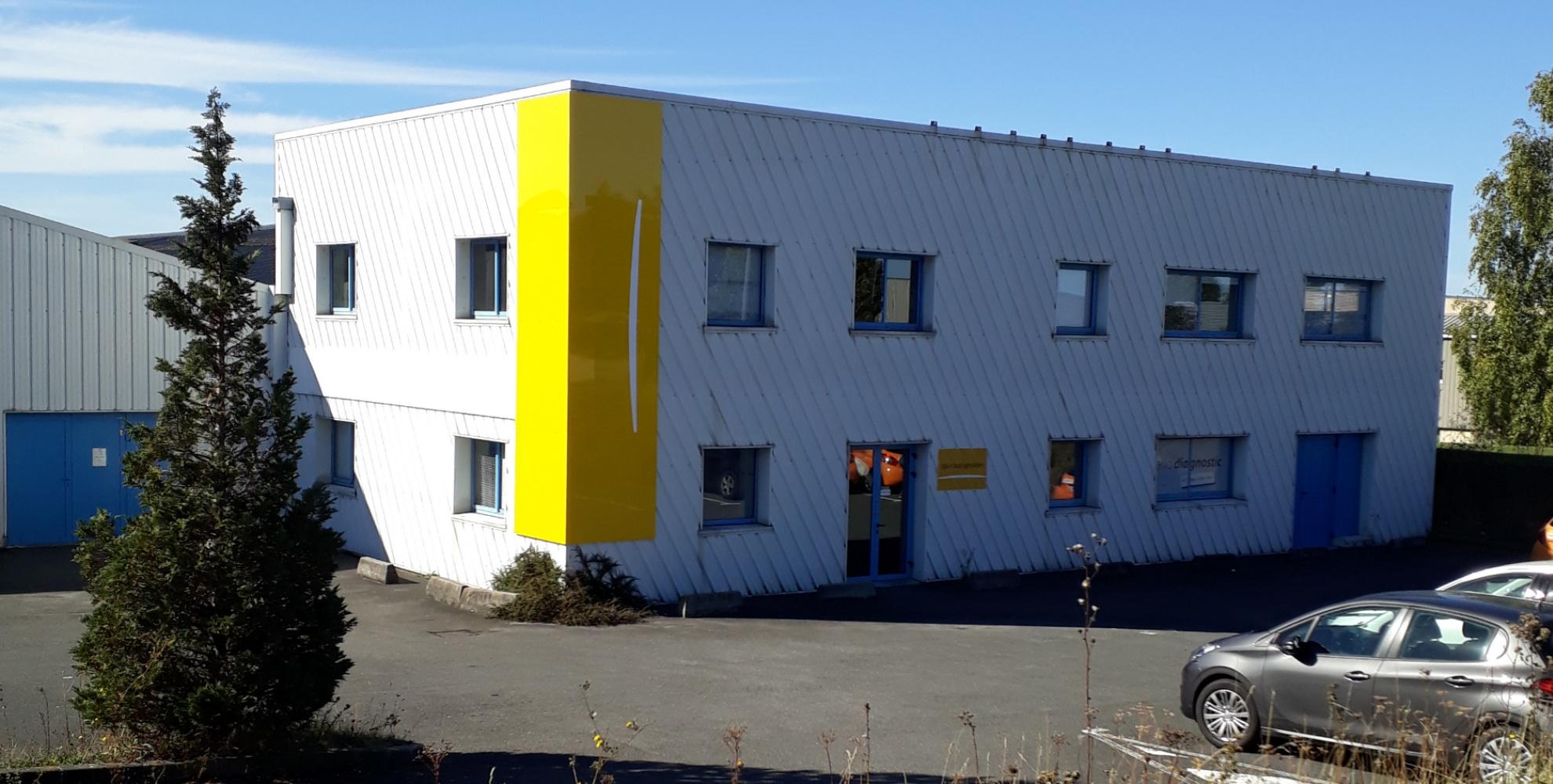 Local d'activité à louer 749 m² ifs - Normandie Aménagement